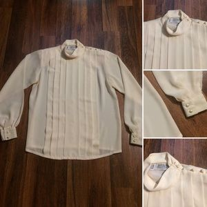 🦋 2/$10 or 5/$20 Vintage Pleated 80s Blouse